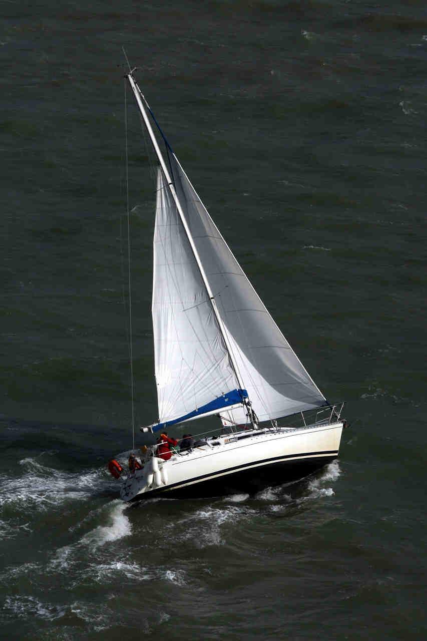 Comment arrêter un catamaran?