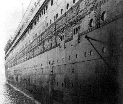 Comment le Titanic s'est-il cassé en deux?