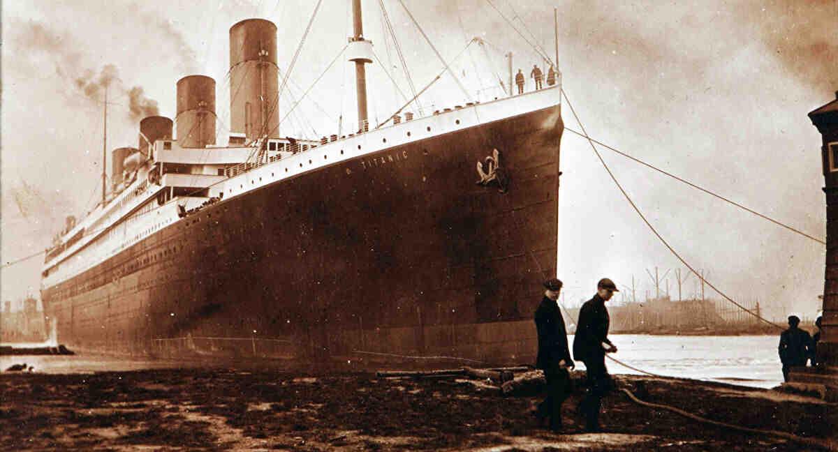 Où le Titanic a-t-il coulé?