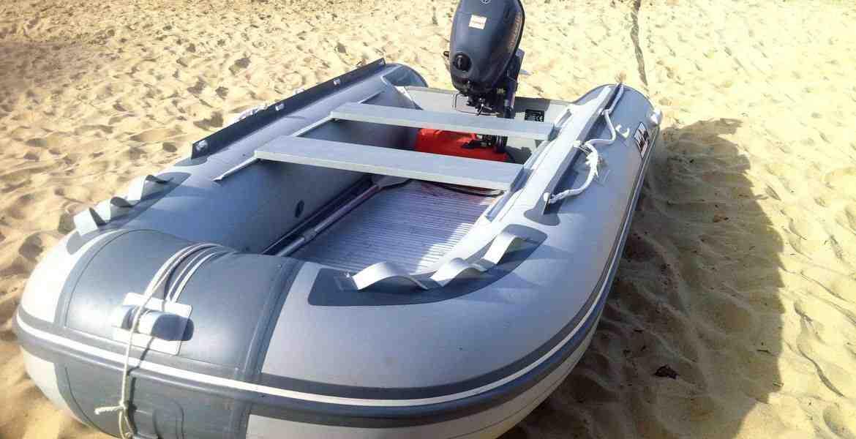 Un bateau de croisière sans licence?