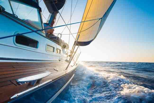 Comment traversez-vous l'océan Atlantique en bateau?