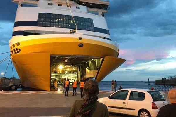 Comment annuler un billet Corsica Ferries ?