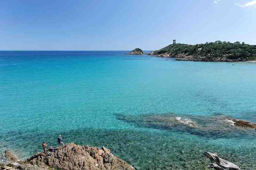 Comment payer moins cher un bateau pour la Corse ?