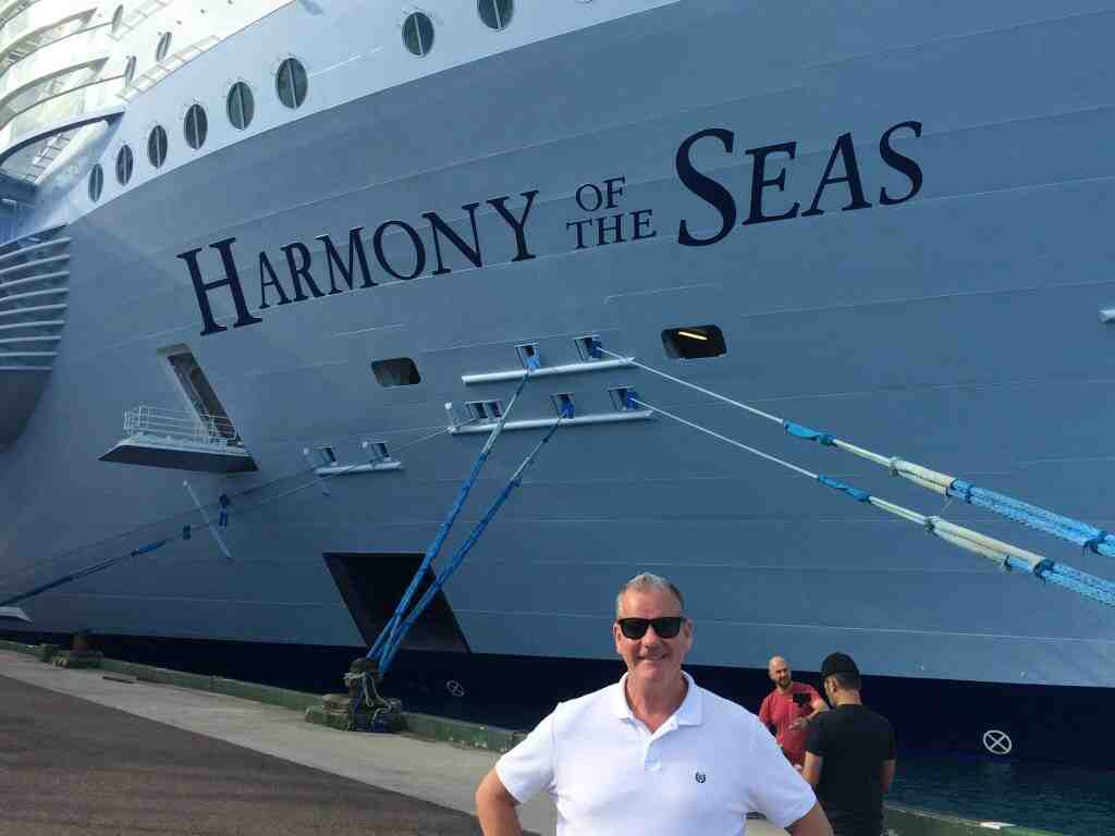 Quel navire est plus grand que le Titanic ?